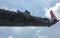 Два самолета задели друг друга в аэропорту Нью-Йорка