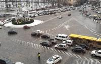 Движение по Крещатику в Киеве ограничено