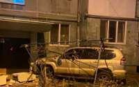 В Одессе пьяный водитель заехал в подъезд дома (видео)
