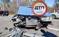 Водитель попал в ДТП и остался без авто (фото)