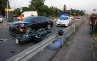 ДТП в Киеве: столкнулись байк и Subaru, мотоциклиста госпитализировали