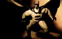Травмированный ветеран едва не задушил ворвавшегося в казино вооруженного Бэтмена