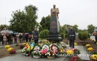 На Одесщине вместо Ленина установили бюст царского генерала