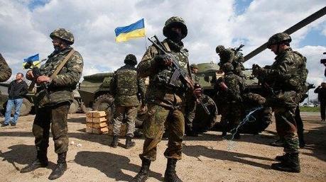 В Минобороны готовы к введению военного положения в Украине