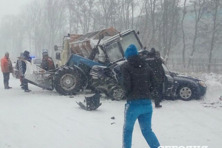 Под Житомиром вДТП попали 14 авто