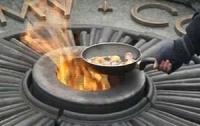Суд над авторами «второй яичницы на Вечном огне» перенесли на 15 ноября