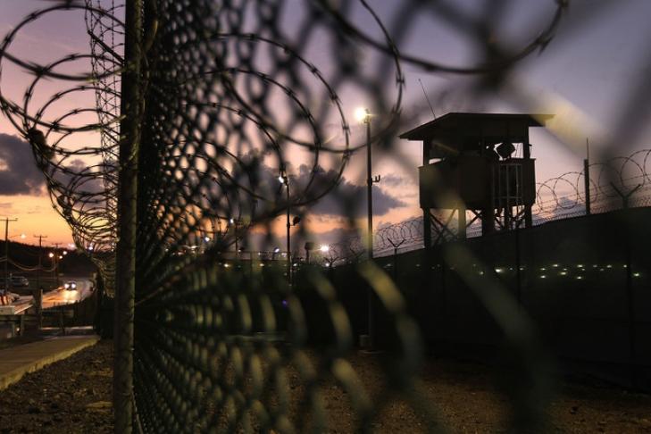 1-ый заключённый Гуантанамо покинул тюрьму при Трампе