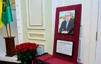 В Харькове сократили траурные дни по Кернесу