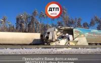 Жуткая авария на трассе Киев-Харьков: погиб водитель