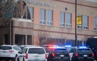 Школьник устроил стрельбу в американской школе, есть жертвы