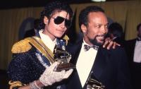 Экс-продюсер Майкла Джексона отсудил у его родственников более 9 миллионов