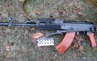 Под Харьковом парень открыл стрельбу на улице