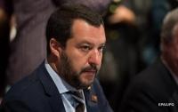 Аэропорты Италии грозят закрыть для мигрантов