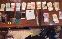 Под Киевом задержали банду торговцев наркотиками