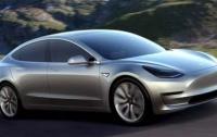 Tesla останавливала производство