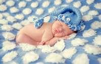 Как назвать новорожденных мальчиков в июне