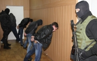Одесские полицейские со стрельбой задержали серийных иностранцев-домушников