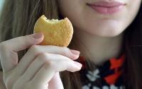 Школьница угостила одноклассников печеньем с прахом своей бабушки