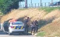 В Полтаве иностранец-наркоман угнал машину с женщиной и маленькими детьми