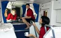 Появились фото секретных комнат в самолете для отдыха пилотов и стюардесс