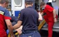 На Днепропетровщине юная именинница получила ножевые ранения