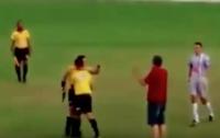 Бразильский арбитр во время матча угрожал футболистам пистолетом