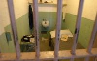 В Нежине задержанный после допроса повесился в камере