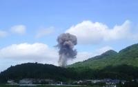 Взрыв выбил стекла в домах: на заводе в Японии взорвался грузовик с порохом