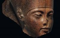 Бюст Тутанхамона продали почти $6 млн вопреки протестам Египта