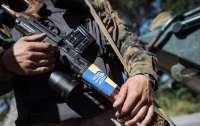 Хомчак похвалил украинских военных за то, что они мужественно не отвечают на обстрелы