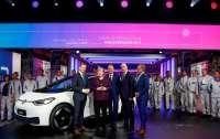 До €7 тыс субсидии получат покупатели электромобилей в Германии