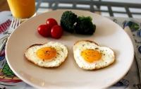 Диетологи назвали лучший завтрак, чтобы не толстеть осенью