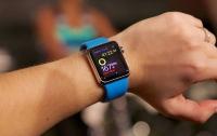 Часы Apple Watch научат предупреждать об инфаркте