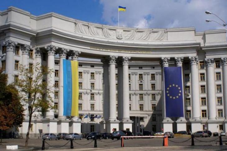 МИД: РФ отказала украинскому консулу вовстрече сполитзаключенным Клыхом