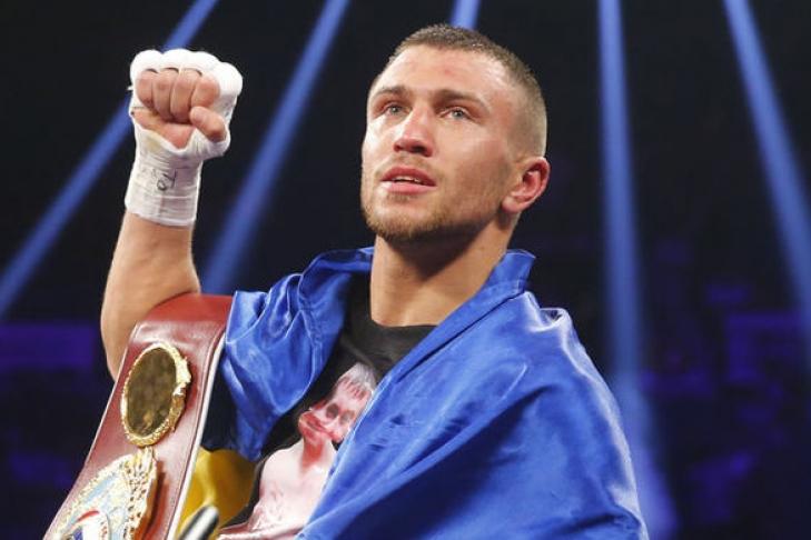 Василий Ломаченко оставил чемпионский пояс WBO