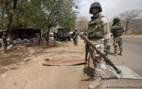 Военные обстреляли протестующих в Нигерии: есть раненые