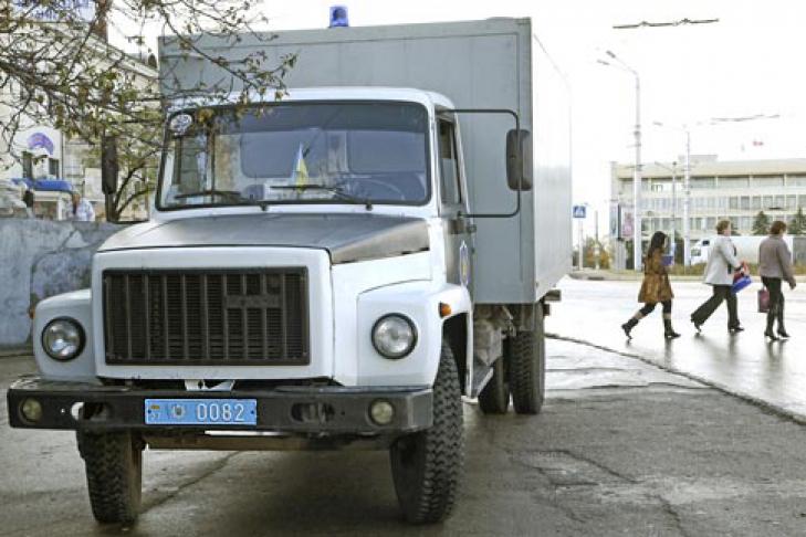 правило часовой у спец автомобиля Альпика Российская