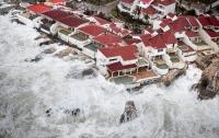 Мощнейший ураган Ирма обрушился на США (видео)