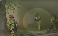 В США быстрая реакция пожарного спасла жизнь младенцу (видео)
