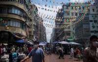 Гонконг сократит обязательный карантин для полностью вакцинированных туристов