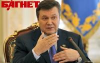 Янукович пожелал Мельниченко новых свершений