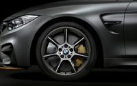 Спорткар BMW стал первой в мире серийной машиной с карбоновыми колесами