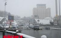 Внезапно: в конце марта Киев засыпало снегом (ФОТО)