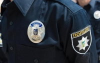 В Кривом Роге коп торговал наркотиками и оружием из вещдоков