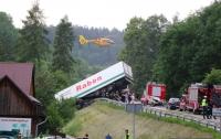 В Польше перевернулся автобус с детьми, десятки пострадавших
