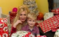 Американка стала порноактрисой, чтобы купить сыну подарки на Рождество