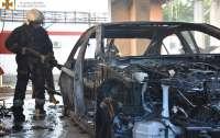 В Одессе масштабный пожар уничтожил автомобили