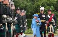 Елизавета II призналась, когда отречется от престола
