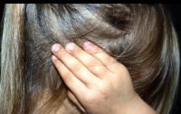 Били палкой с гвоздями: в Чернигове жестоко избили ребенка