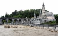 Наводнения на юге Франции: по меньшей мере 13 человек погибли
